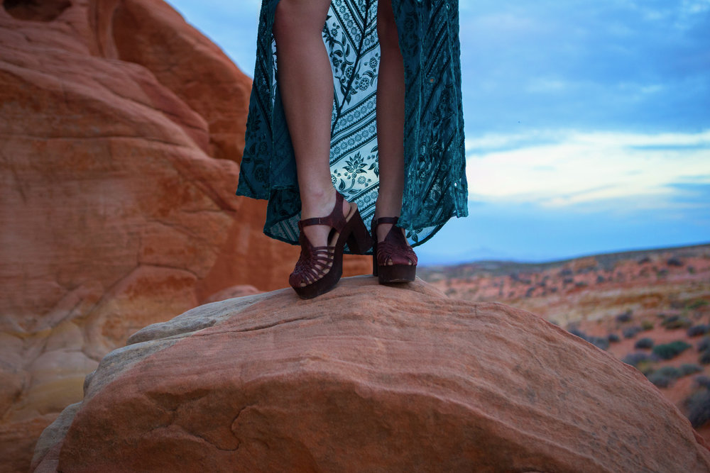 AstroBandit_JordanRose_ValleyOfFire_ForLoveandLemons_SbiccaFootwear_Sunset_6.jpg