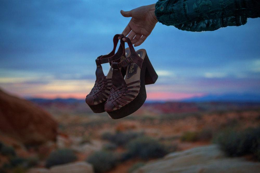 AstroBandit_JordanRose_ValleyOfFire_ForLoveandLemons_SbiccaFootwear_Sunset_7.jpg