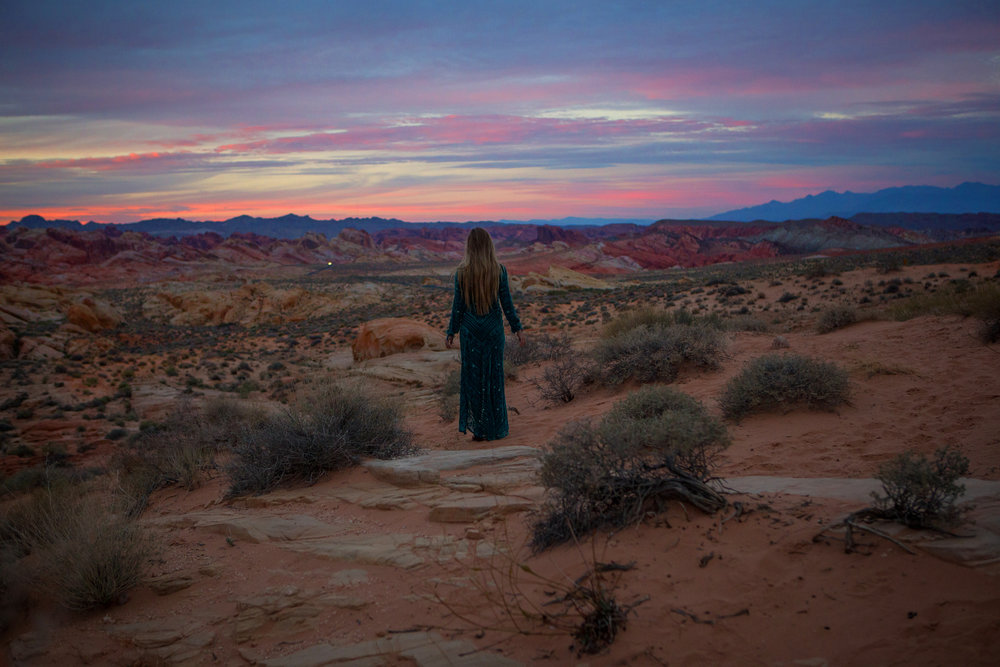 AstroBandit_JordanRose_ValleyOfFire_ForLoveandLemons_SbiccaFootwear_Sunset_8.jpg