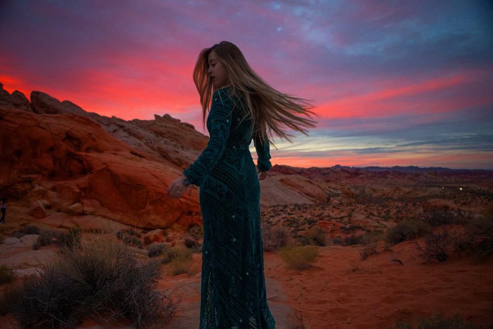 AstroBandit_JordanRose_ValleyOfFire_ForLoveandLemons_SbiccaFootwear_Sunset_12.jpg