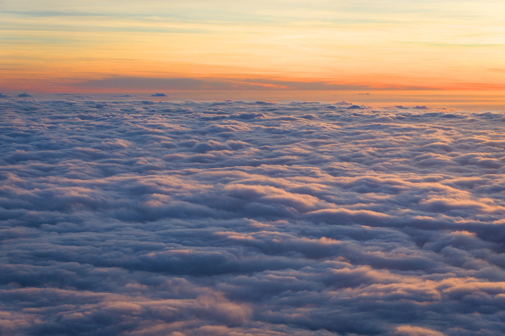AstroBandit_JordanRose_Hollister_AboveTheClouds_Sunset_WinterStyle_3.jpg