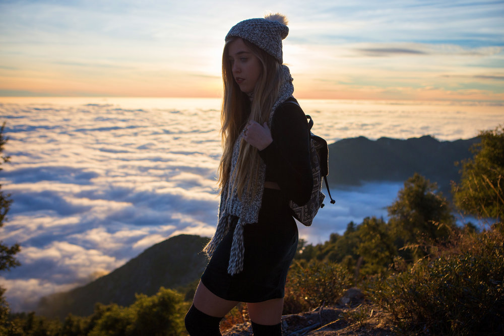 AstroBandit_JordanRose_Hollister_AboveTheClouds_Sunset_WinterStyle_4.jpg