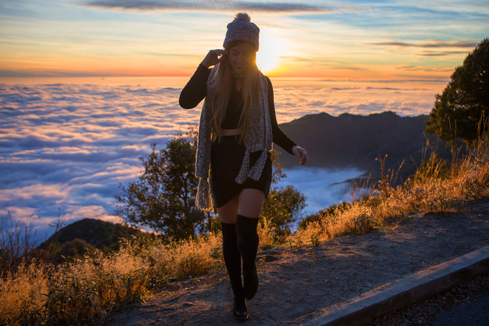 AstroBandit_JordanRose_Hollister_AboveTheClouds_Sunset_WinterStyle_6.jpg