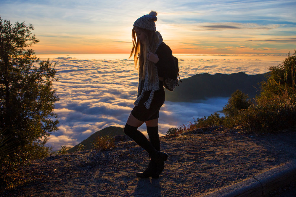 AstroBandit_JordanRose_Hollister_AboveTheClouds_Sunset_WinterStyle_9.jpg
