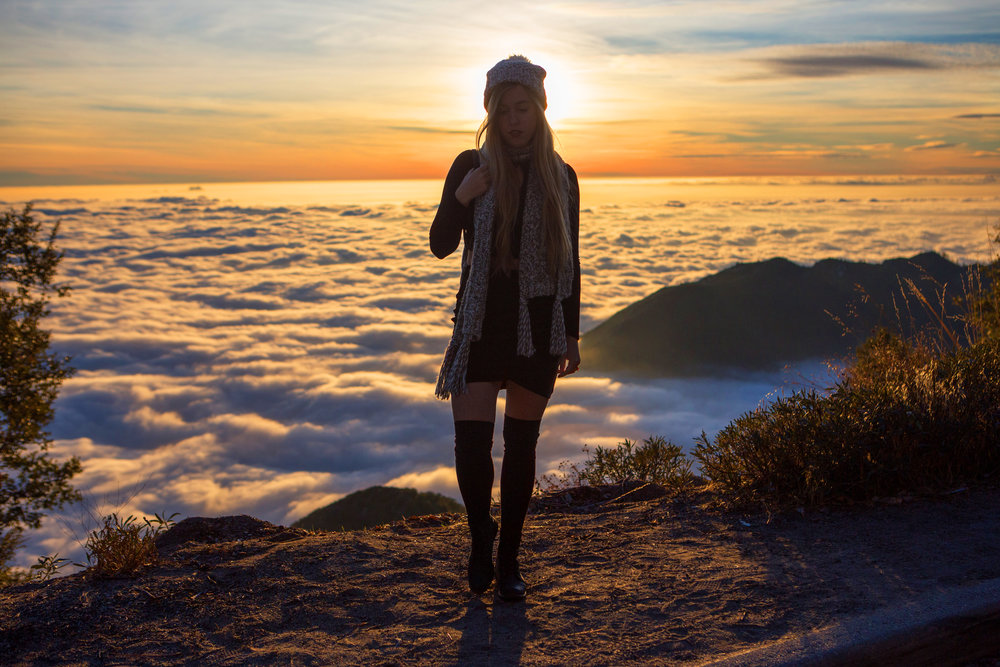 AstroBandit_JordanRose_Hollister_AboveTheClouds_Sunset_WinterStyle_10.jpg