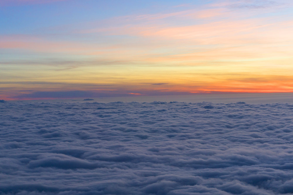 AstroBandit_JordanRose_Hollister_AboveTheClouds_Sunset_WinterStyle_11.jpg