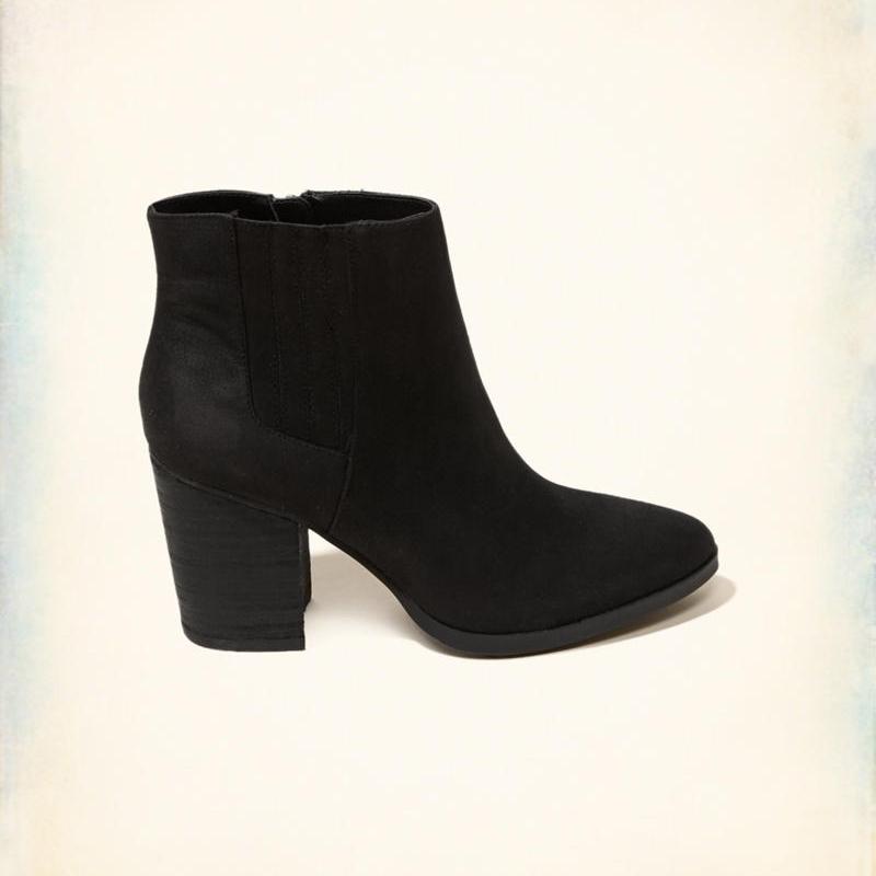 hollistershoes.jpg