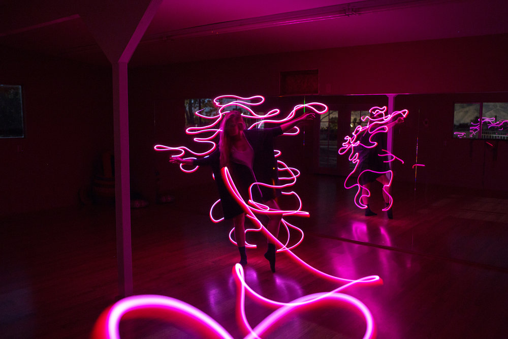 AstroBandit_JordanRose_CactusMoonRetreat_JoshuaTree_LightPainting_Dancing_2.jpg