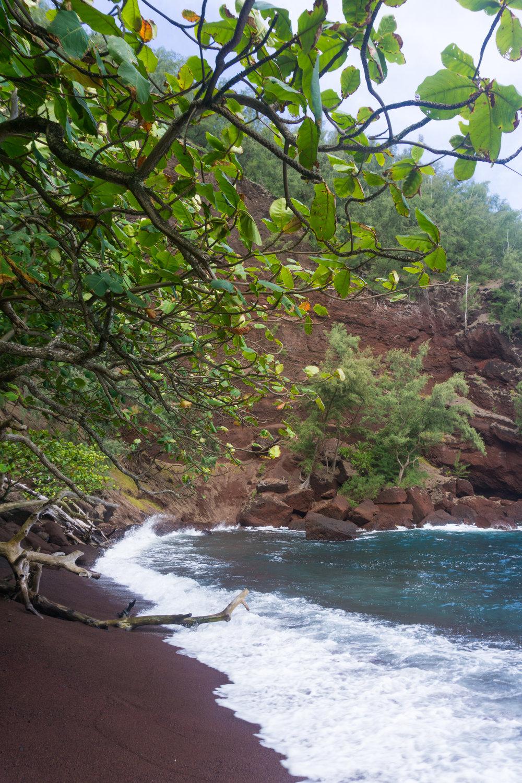 AstroBandit_Maui_Hawaii_Hana_RedSandBeach_Contrast.jpg