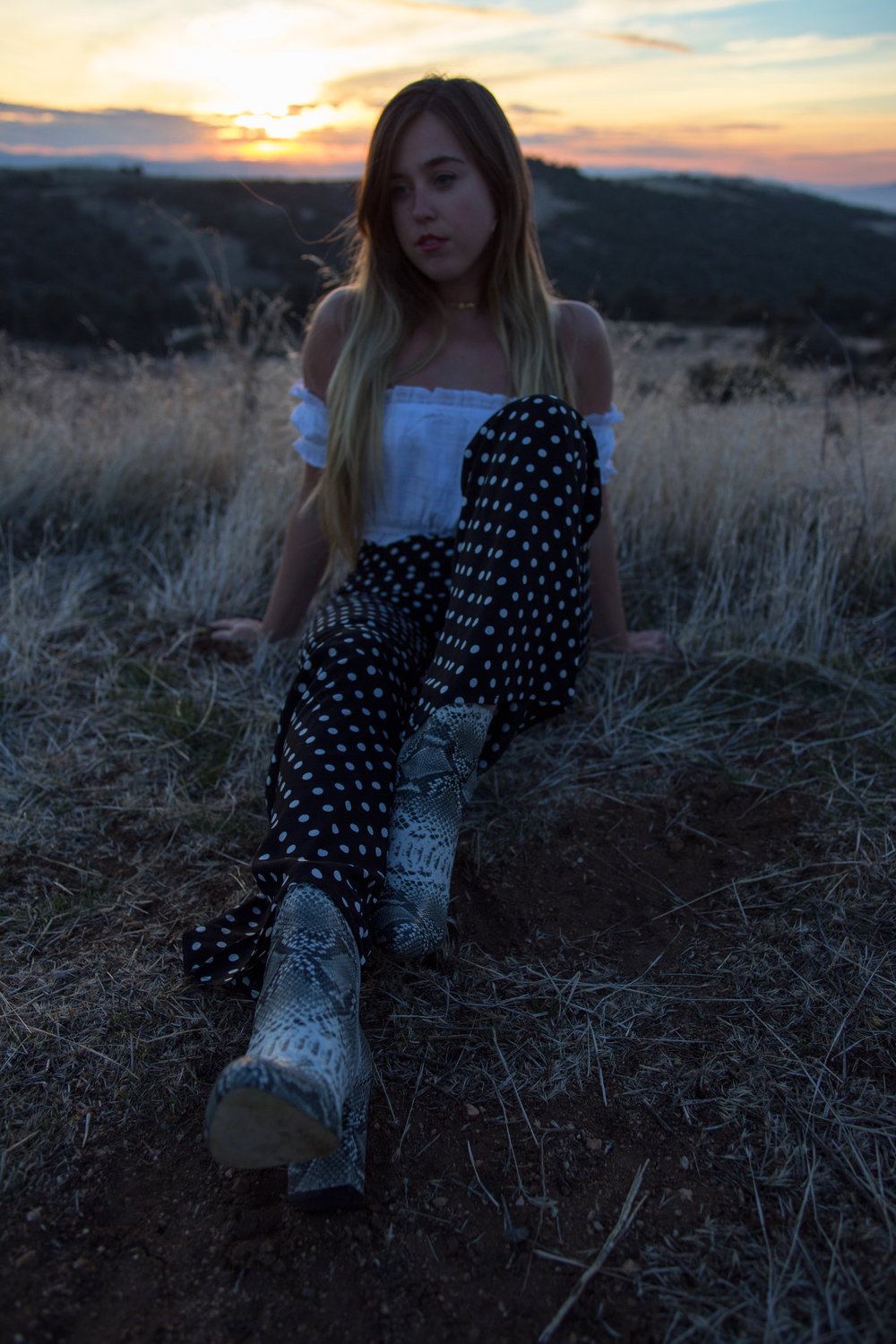 AstroBandit_Blackwater_Matisse_WildHoney_BlackPolkaDotPants_WhiteOffTheShoulderTop_SnakeskinBoots_6.jpg