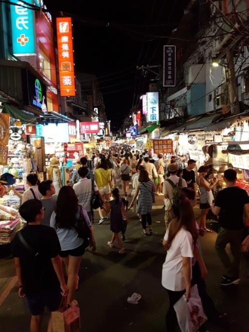 The crowds at Shilin Night Market, Taipei.
