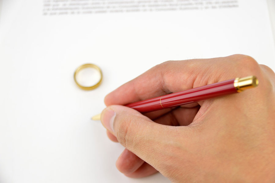 Domestic Relations - Divorce and Family Law — Lipson O'Shea