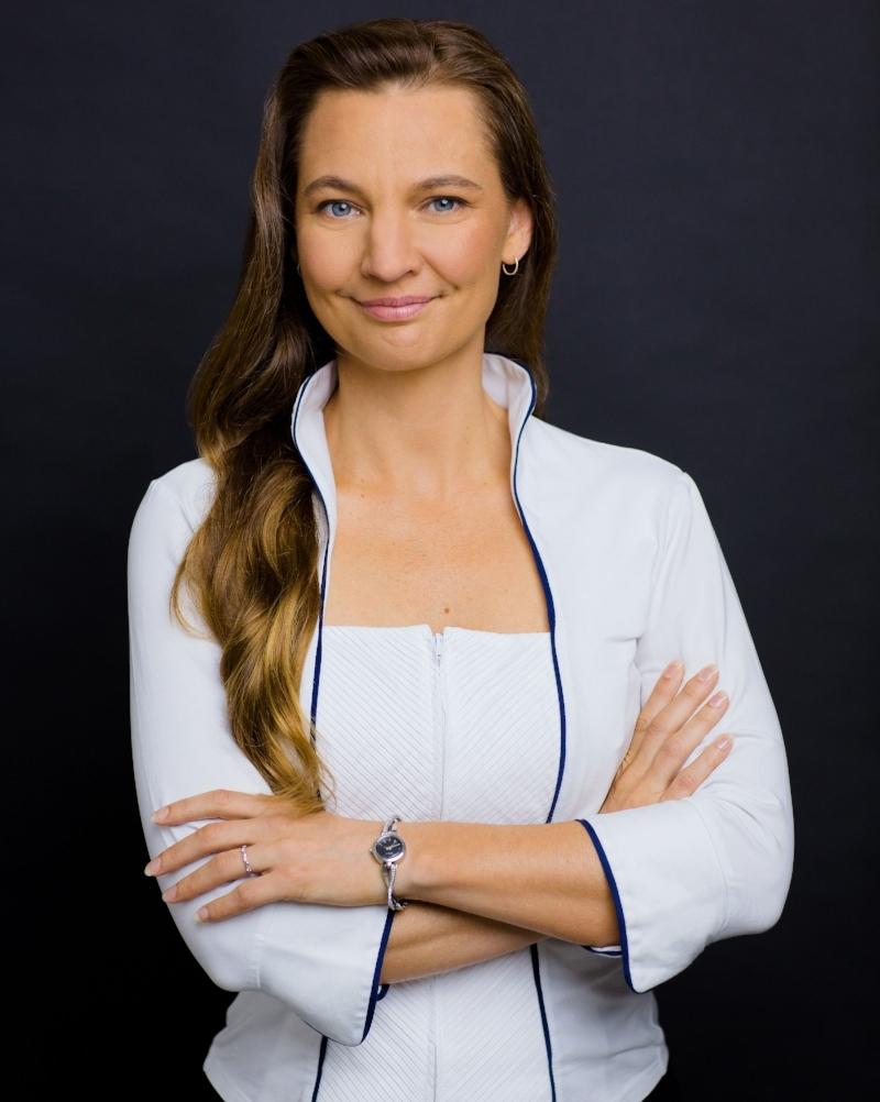 Anneli Blundell 2019 white blouse.jpg