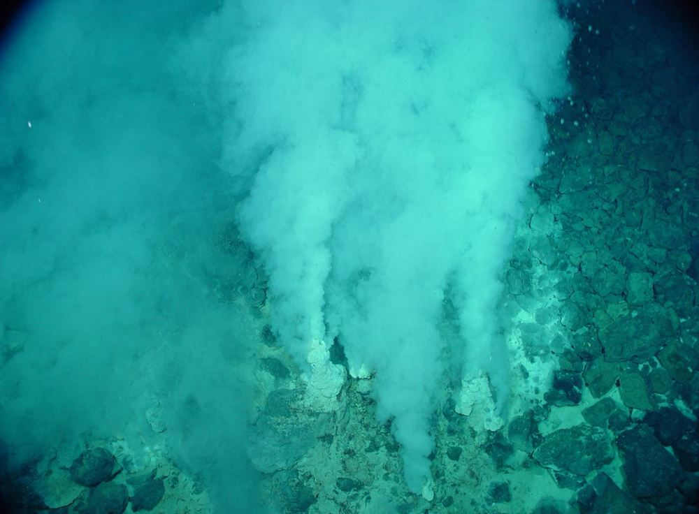 Hydrothermal vents on the seafloor hold the key to understanding the evolution of cellular life - Image Credit:  NOAA/WikimediaCommons