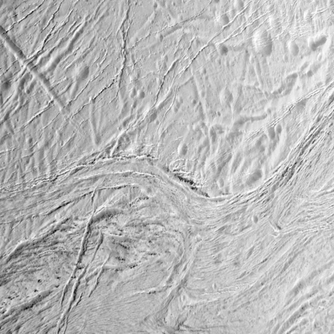 The surface of Enceladus – Image Credit:    NASA/JPL-Caltech/Space Science Institute