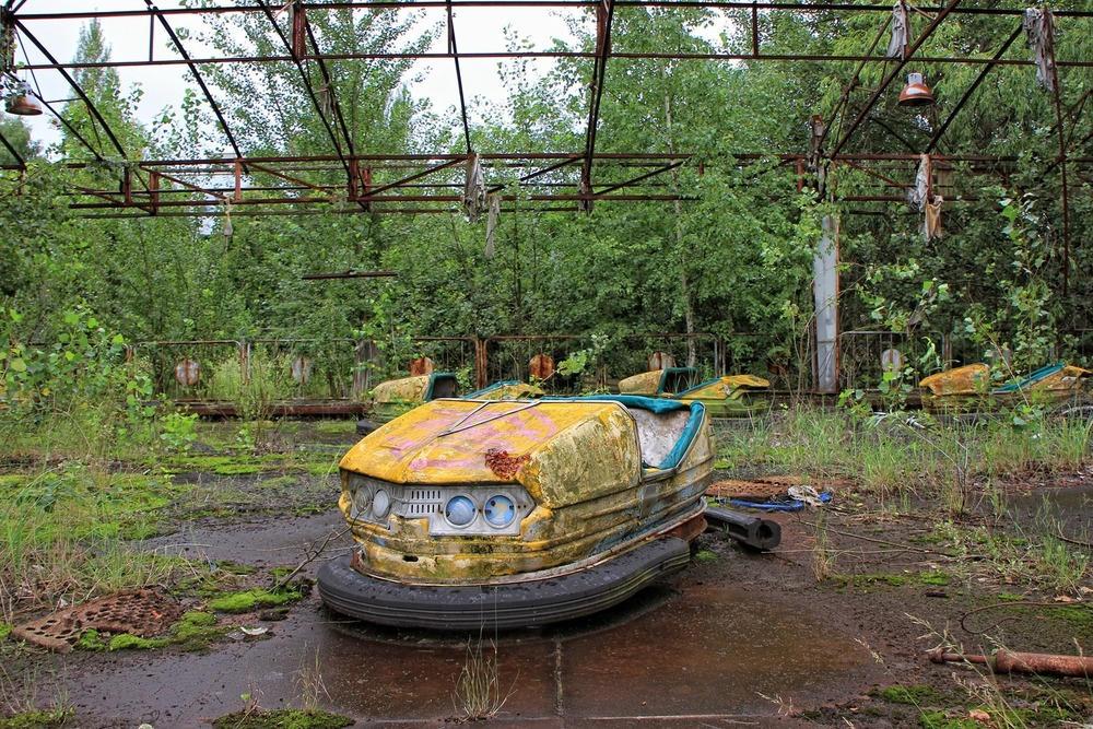Abandoned playpark in Pripyat.  Robarmstrong2/pixabay