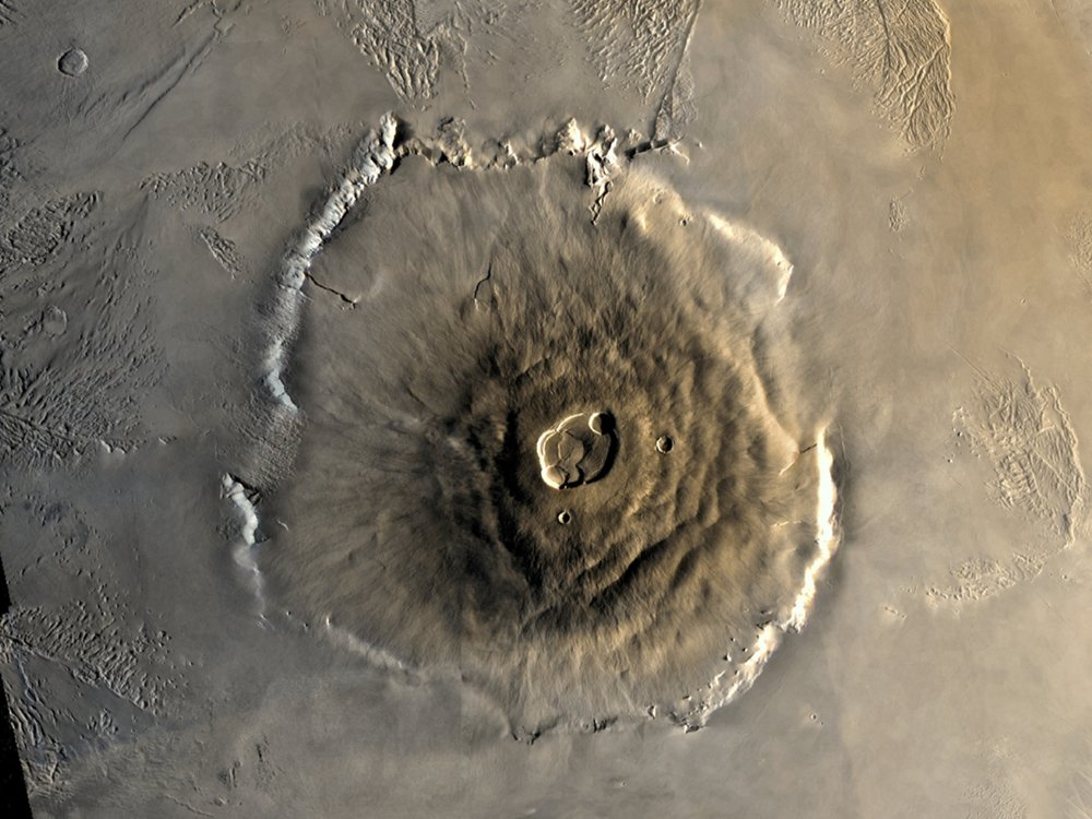 Color Mosaic of Olympus Mons on Mars. – Image Credit: NASA/JPL