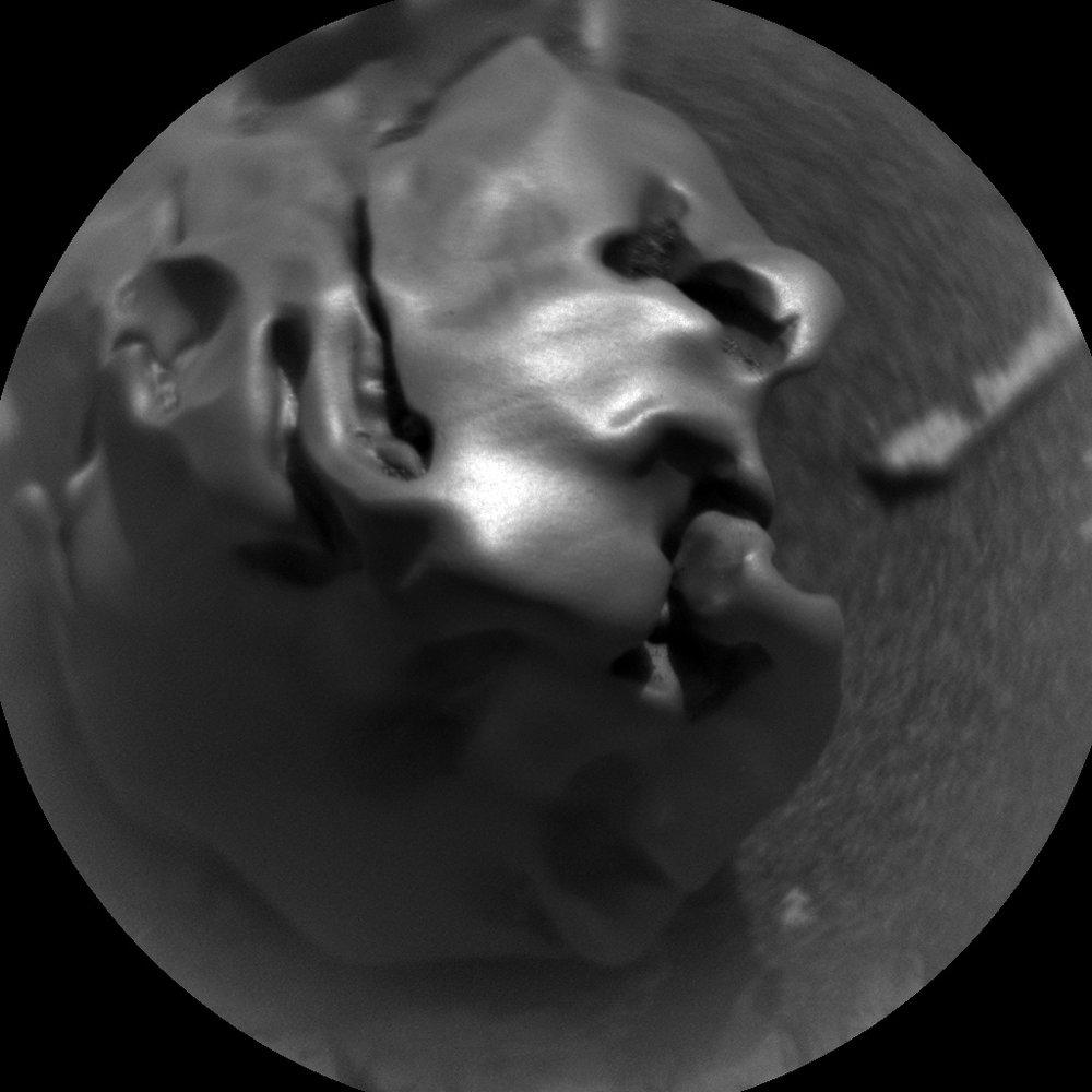 """Close up of """"Egg Rock"""". - Image Credit: NASA/JPL-Caltech/LANL/ASU"""