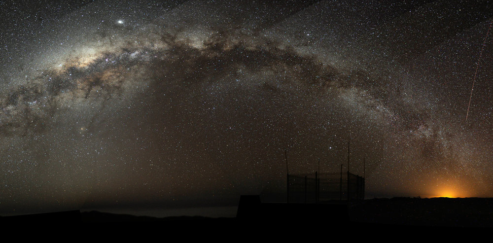 Mysterious Milky Way. Bruno Gilli/ESO , CC BY-ND