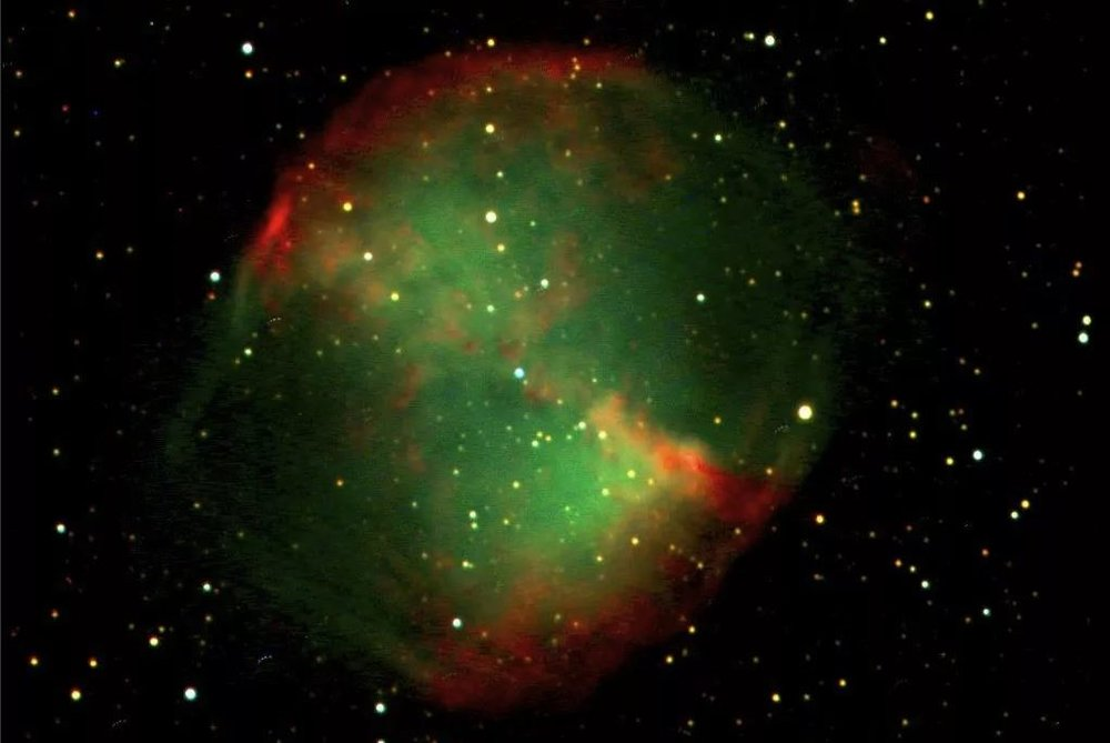 Picture of M27 processed and combined using IRAF and MaxIm DL. - Image Credit: Wikipedia Commons/Mohamad Abbas