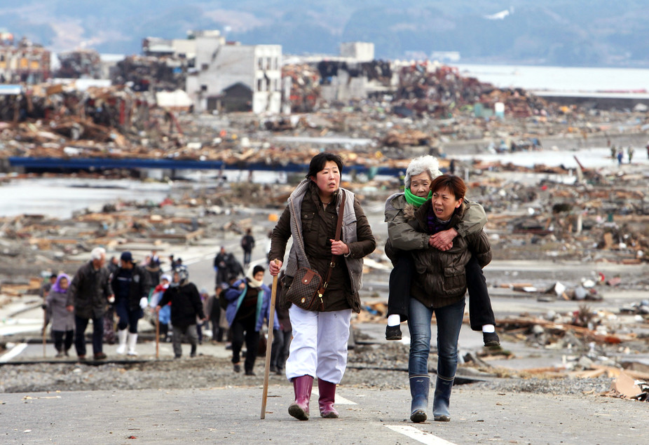 Survivors leave Tohoku a day after the March 11, 2011 earthquake and tsunami. - Image Credit: Warren Antiola/Flickr, CC BY-NC-ND