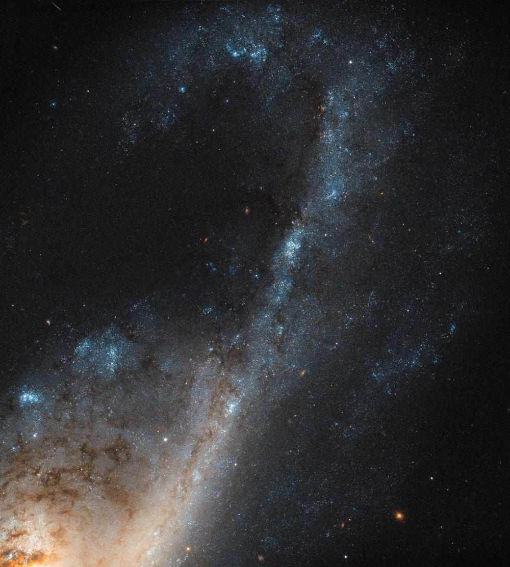 Image Credit:ESA/Hubble & NASA