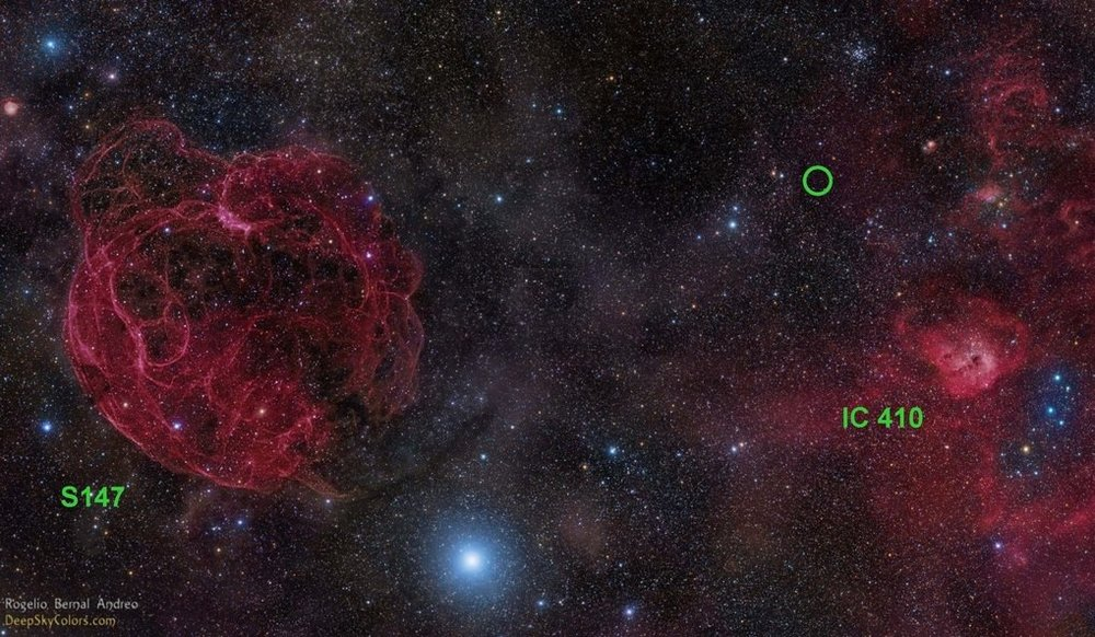 Image of the sky where the radio burst FRB 121102 was found, in the constellation Auriga. You can see its location with a green circle. At left is supernova remnant S147 and at right, a star formation area called IC 410. - Image Credit: Rogelio Bernal Andreo (DeepSkyColors.com)