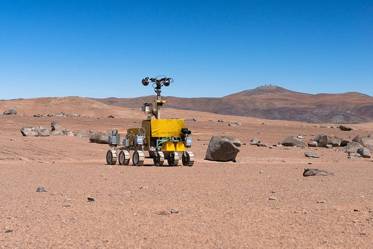 ESA rover test near the Paranal Observatory in Chile. - Image Credit:  ESO/G. Hudepohl via WikimediaCommons