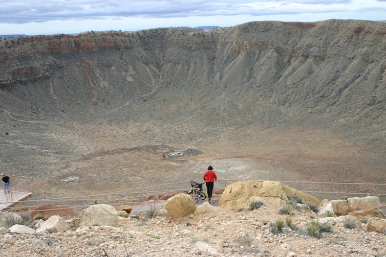 Meteor Crater in Arizona. Kevin - Image Credit: Walsh/wikipedia,  CC BY-SA