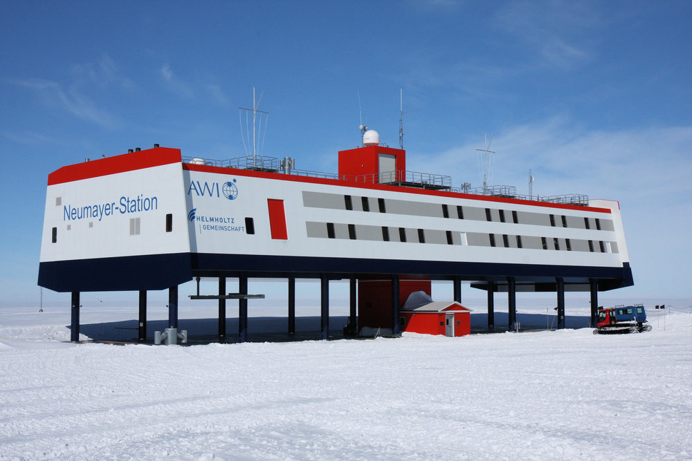 Neumayer Station III, where the vegetables are growing. Image Credit: Felix Riess, AWI