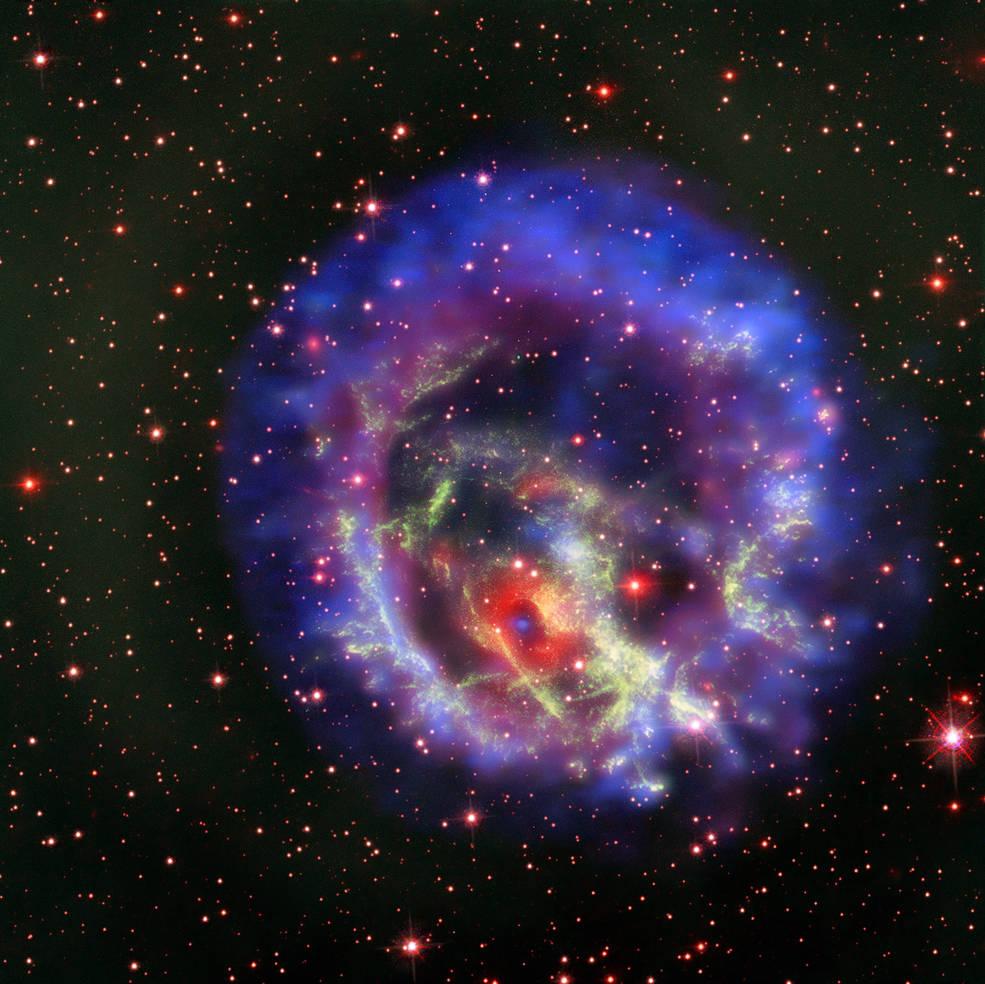 Image Credits: X-ray (NASA/CXC/ESO/F.Vogt et al); Optical (ESO/VLT/MUSE & NASA/STScI) - (click to enlarge)