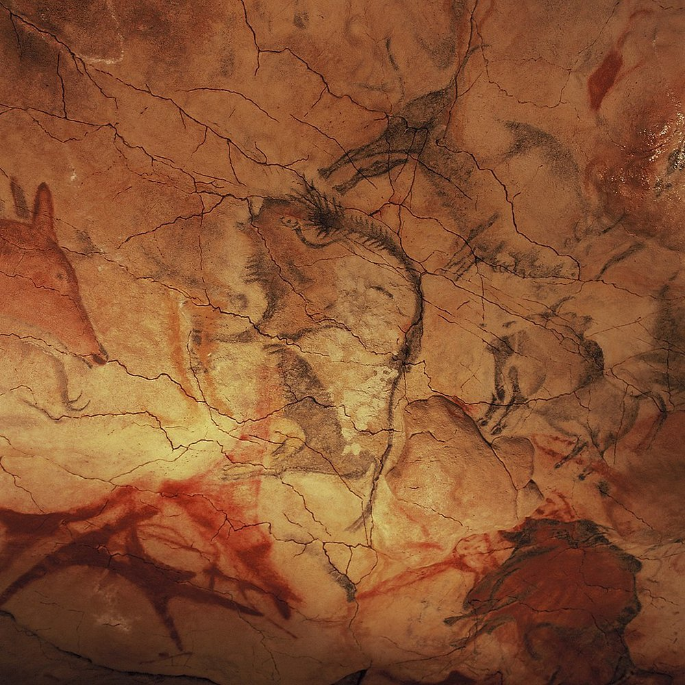 Cave paintings depict early humans in species-rich ecosystems. - Image Credit:  Yvon Frunea/Wikimedia Commons. ,  CC BY-SA