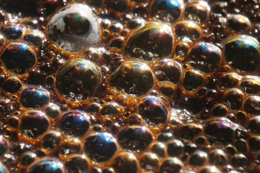 Bubbles can be modelled as having a negative mass.  Mike Lewinski/Flickr , resized by  Universal-Sci ,  CC BY-ND