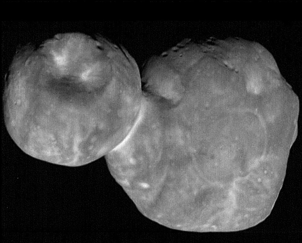Kuiper belt object 2014 MU₆₉. The two-lobed object is about 30km from end to end.- Image Credit: NASA/Johns Hopkins Applied Physics Laboratory/Southwest Research Institute, National Optical Astronomy Observatory