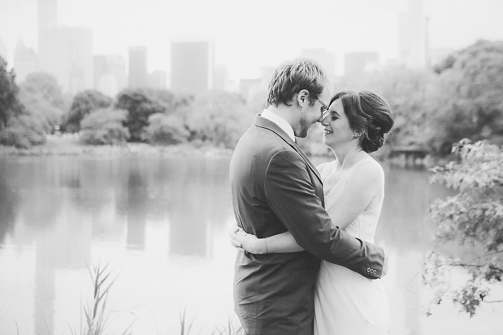 fall_centralpark_elopement-13.jpg