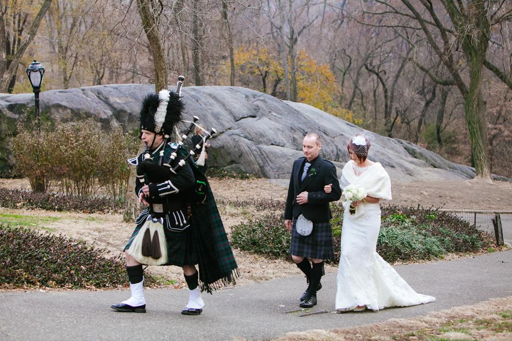 L&J_copcot_centralpark_intimate-wedding-8.jpg