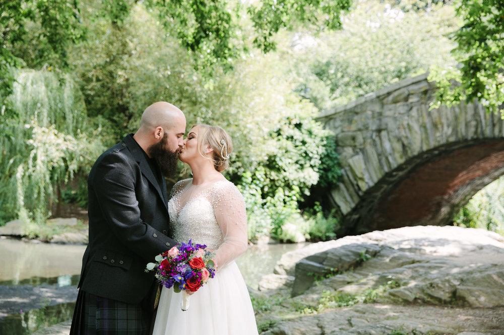 Central Park-Gapstow-bridge-wedding_H&K-75.jpg