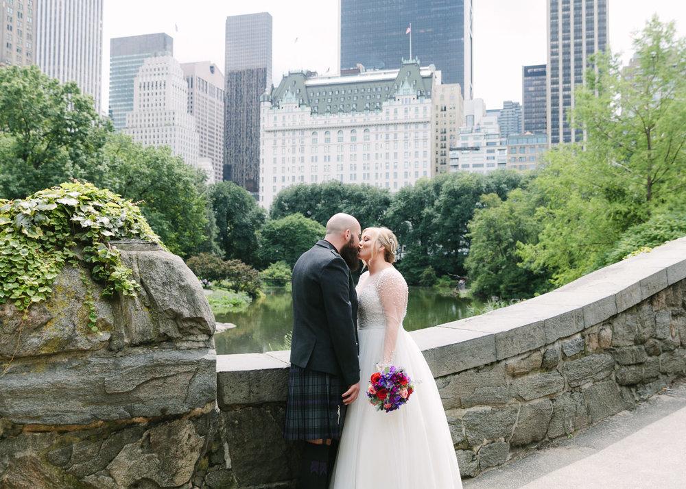 Central Park-Gapstow-bridge-wedding_H&K-148.jpg