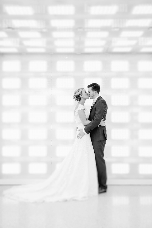 A&J_nyc_topoftherock_elopement-44.jpg
