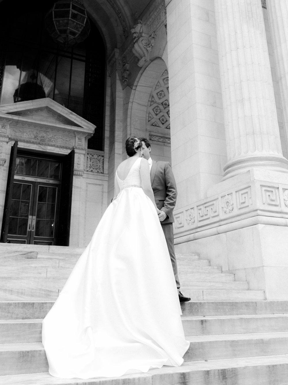 NYC-wedding-photography-by-Tanya-Isaeva-cover-6.jpg