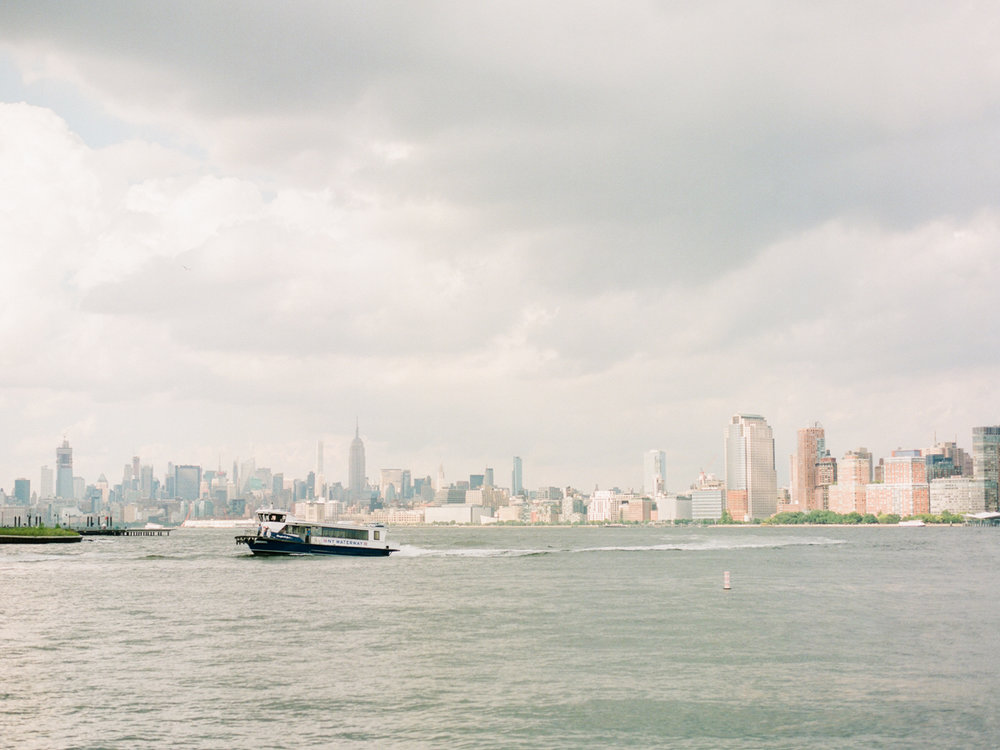 NYC-skyline-engagement-session-by-Tanya Isaeva-1.jpg