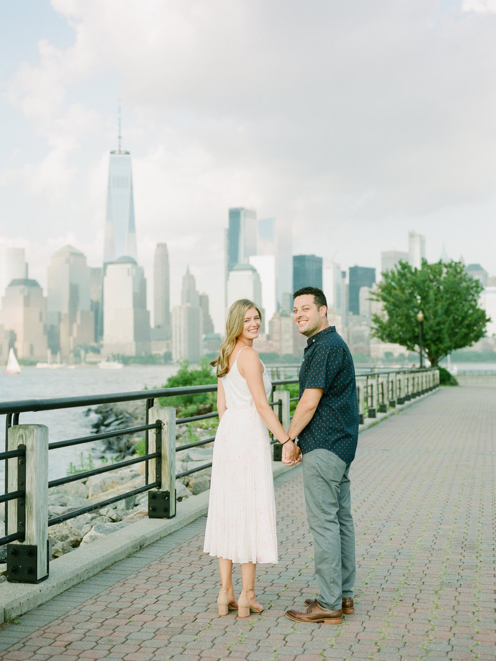 NYC-skyline-engagement-session-by-Tanya Isaeva-8.jpg