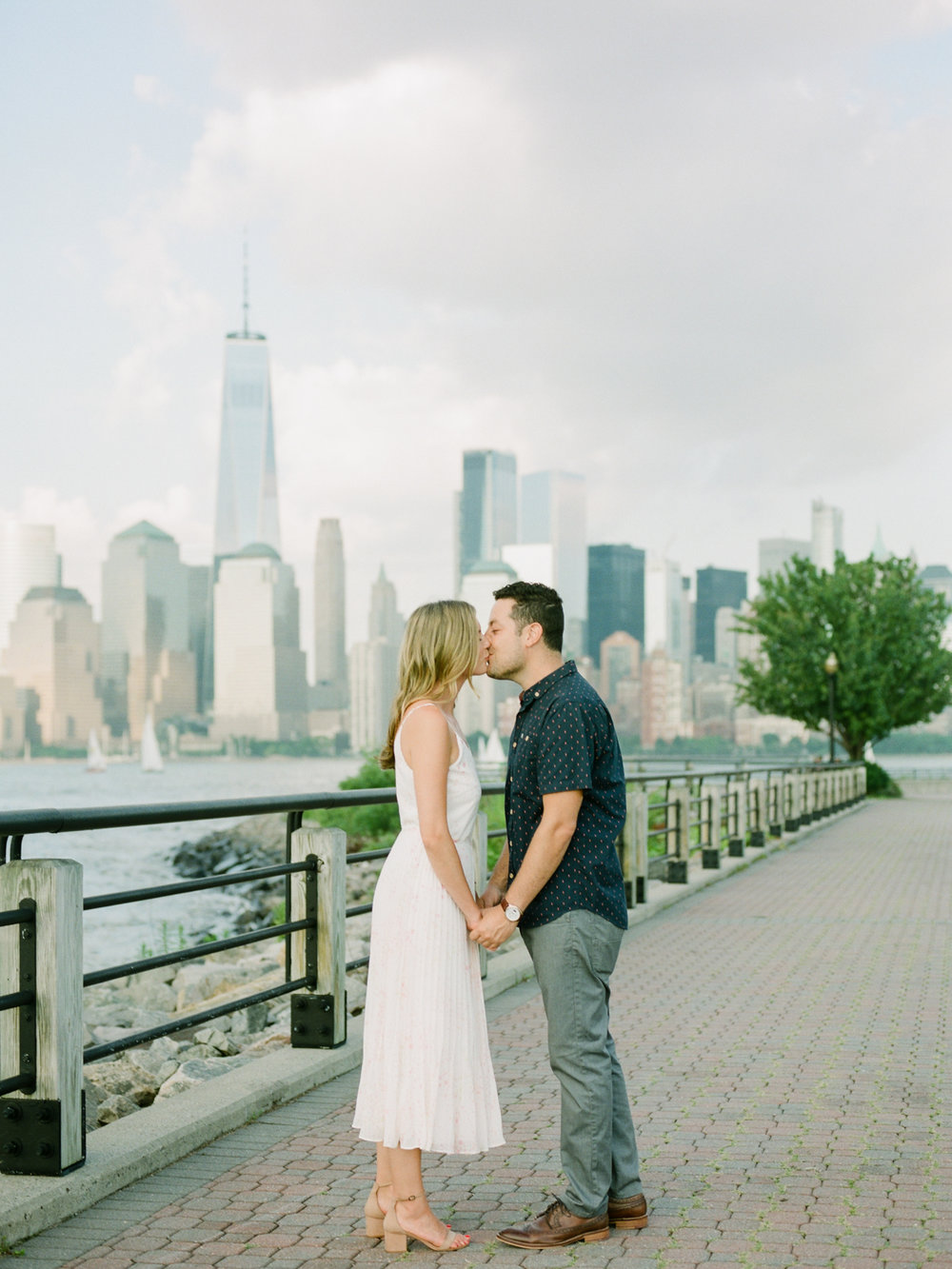 NYC-skyline-engagement-session-by-Tanya Isaeva-12.jpg