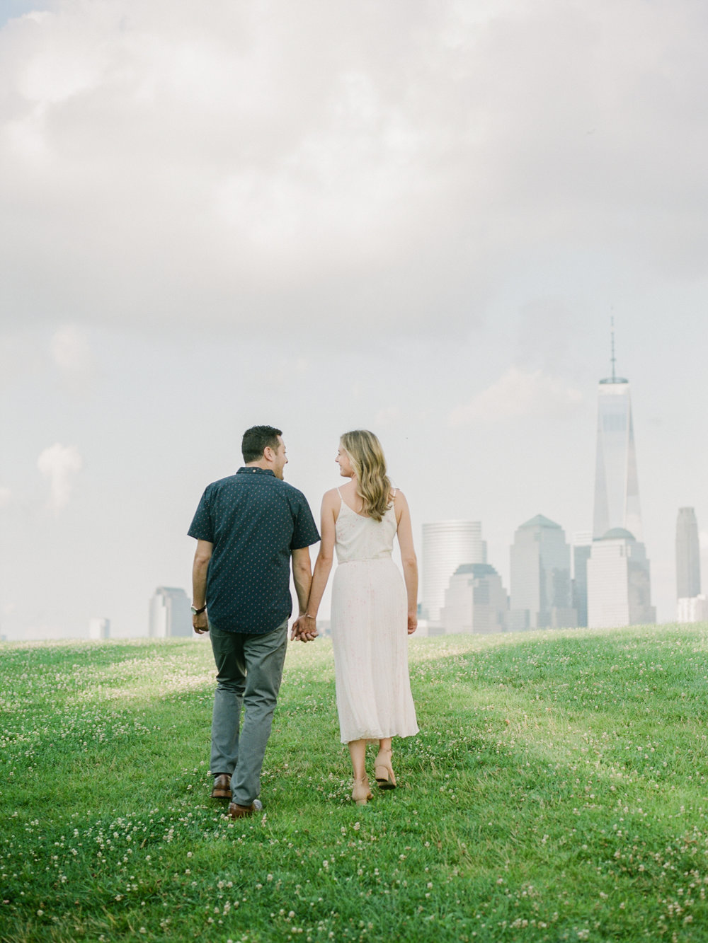 NYC-skyline-engagement-session-by-Tanya Isaeva-18.jpg