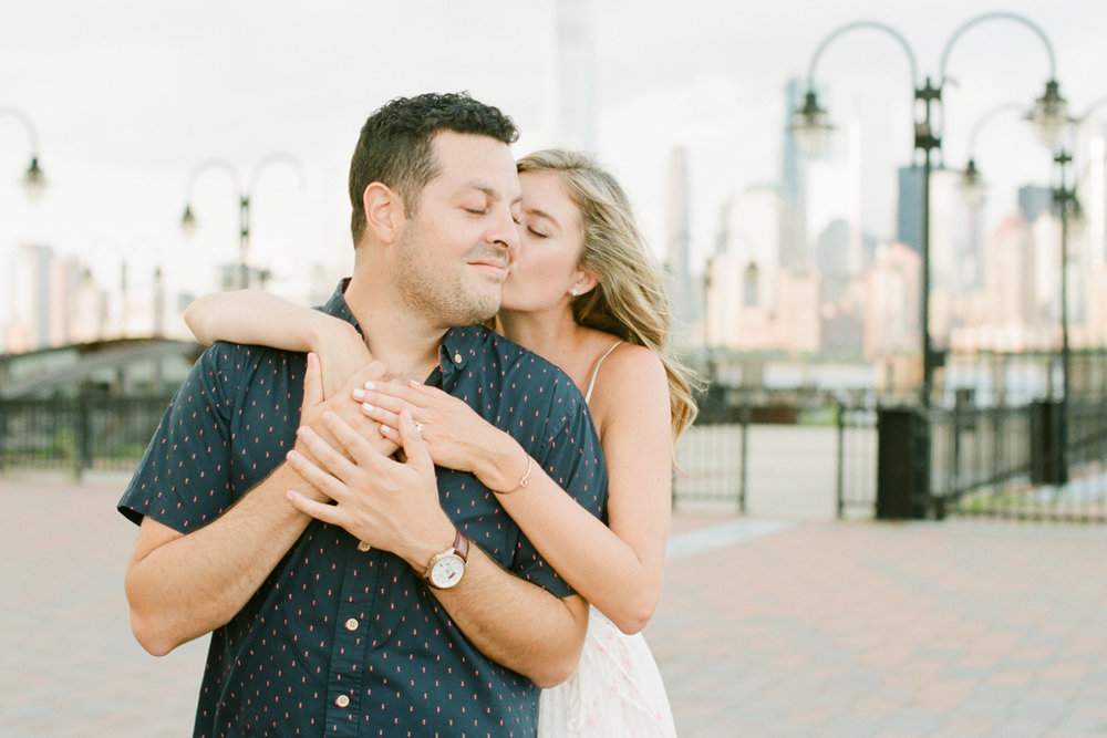 NYC-skyline-engagement-session-by-Tanya Isaeva-59.jpg