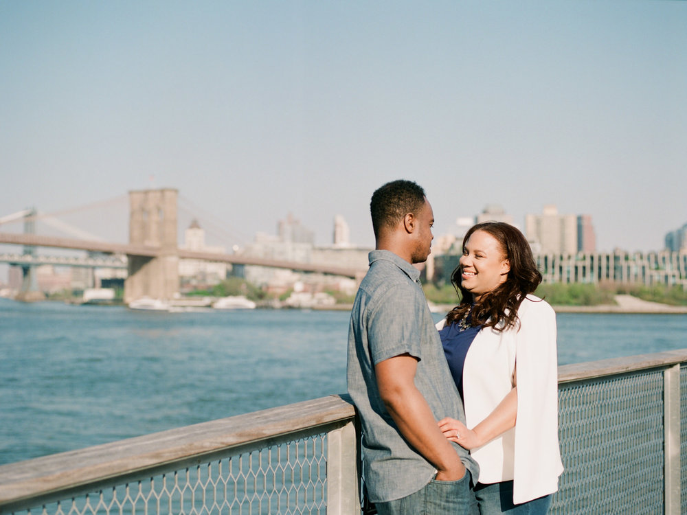 NYC-South-street-seaport-engagement-session-58.jpg