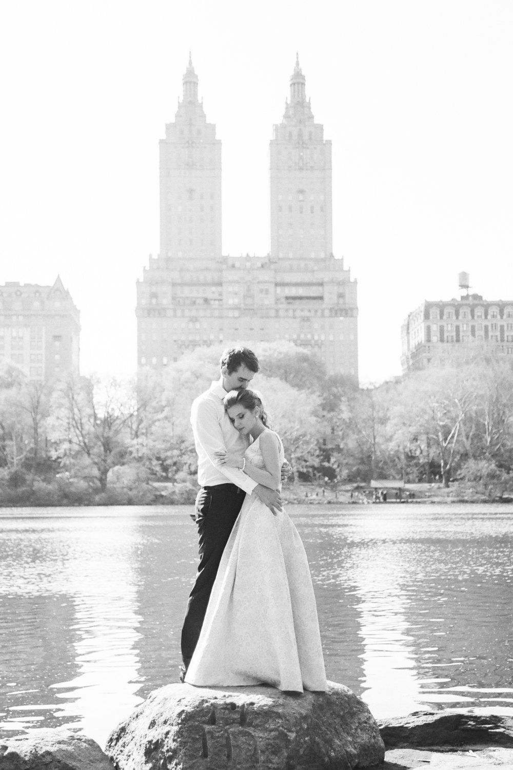 NYC-Central-park-elopement-L&B-49.jpg