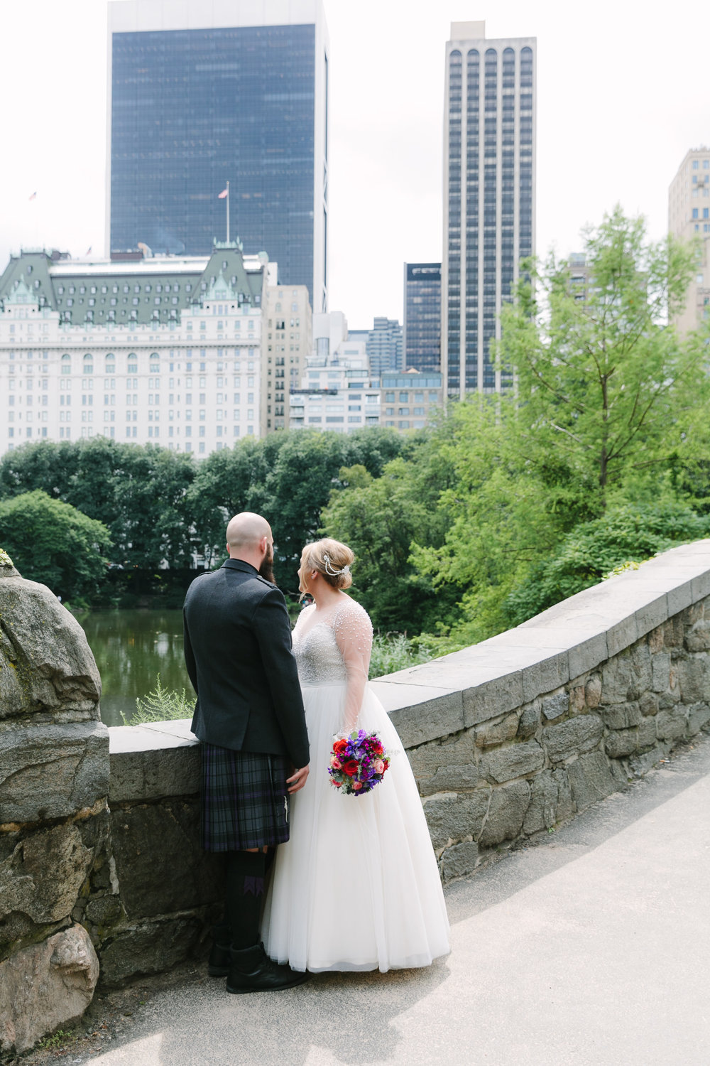 Central Park-Gapstow-bridge-wedding_H&K-146.jpg