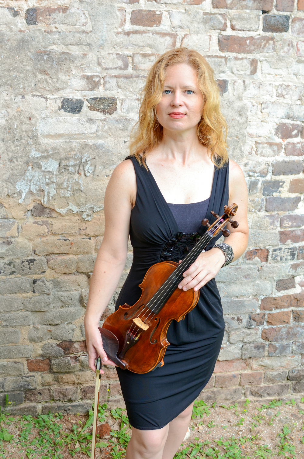 Robbi Kenney - Violin + Viola + Piano