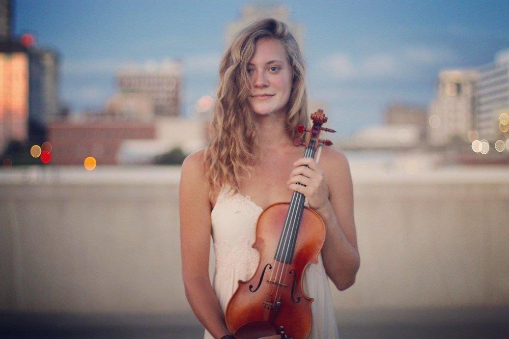 Zoe Whittaker - Violin
